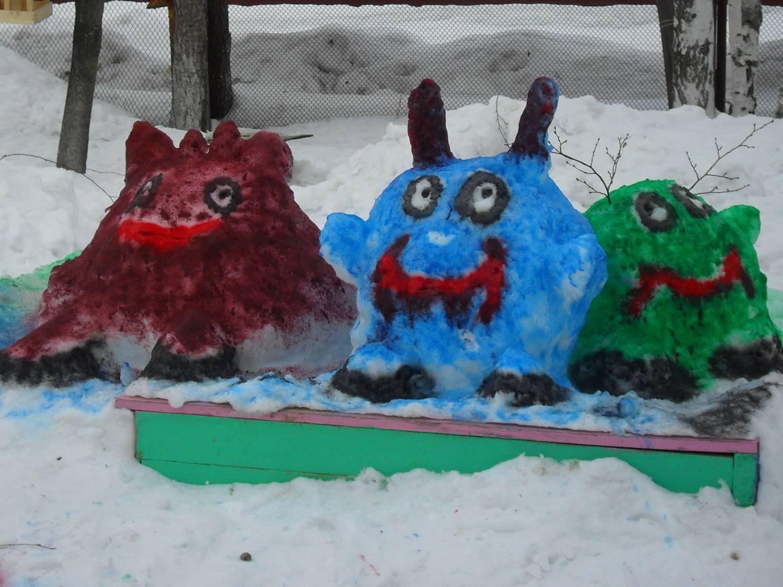 Поделки из снега на участке детского сада фото